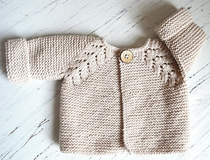 This seamless little top down cardigan is an intuitive knit, suitable for the intermediate knitter. Worked in garter stitch with a simple, effective raglan pattern which adds just enough interest when knitting. The pattern comes with schematic.