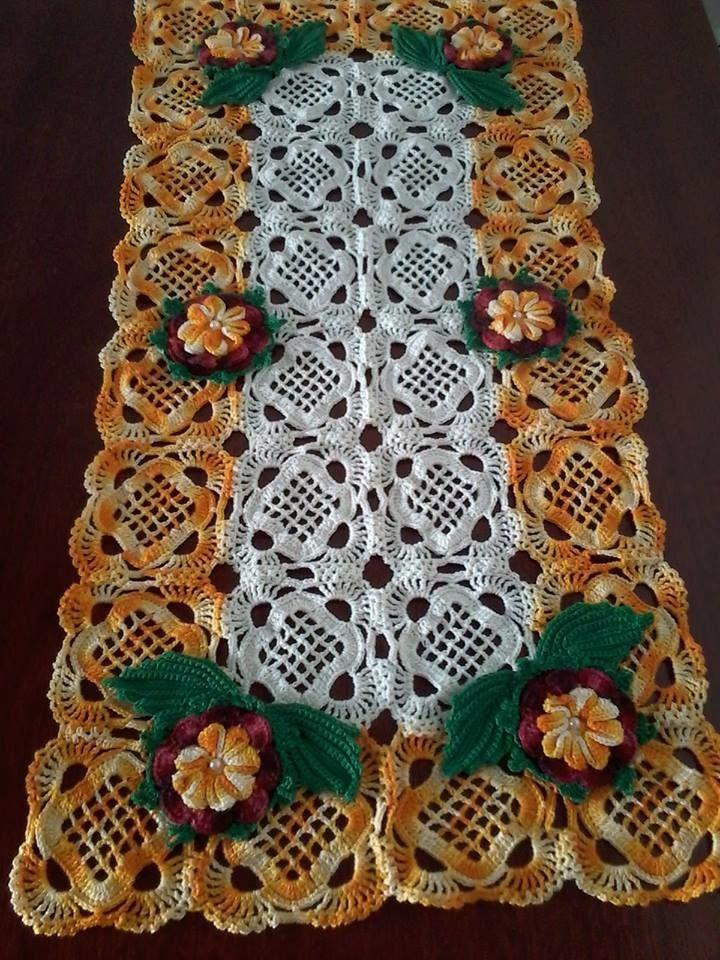 Caminho de mesa confeccionado com linha 100% algodão