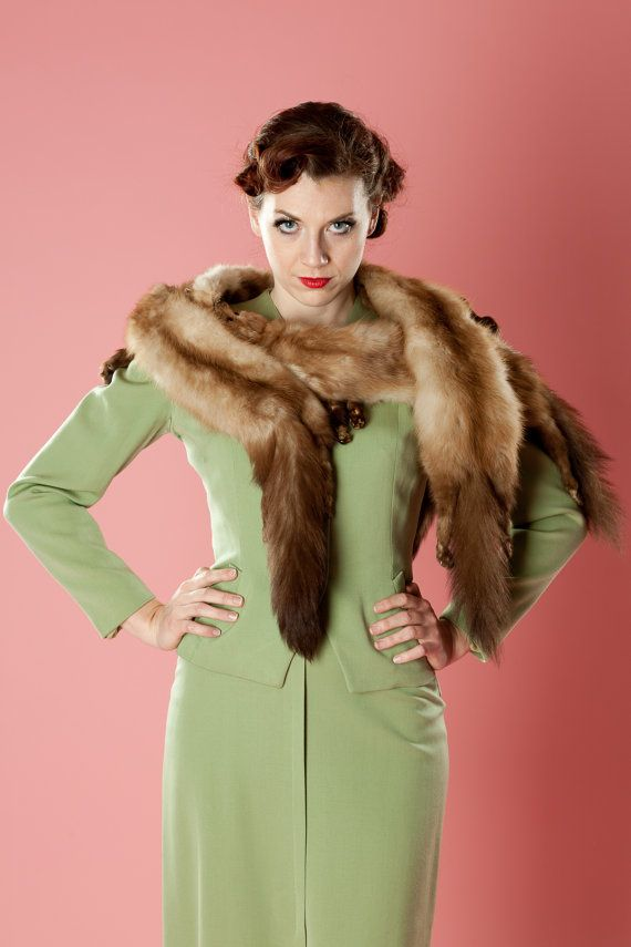Vintage 1950s Mink Fur Stole Scarf  I am SO loving this stole!