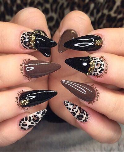 Pin De Stephanie Madrigal En Nails Nägel Stiletto Nägel Y Gold