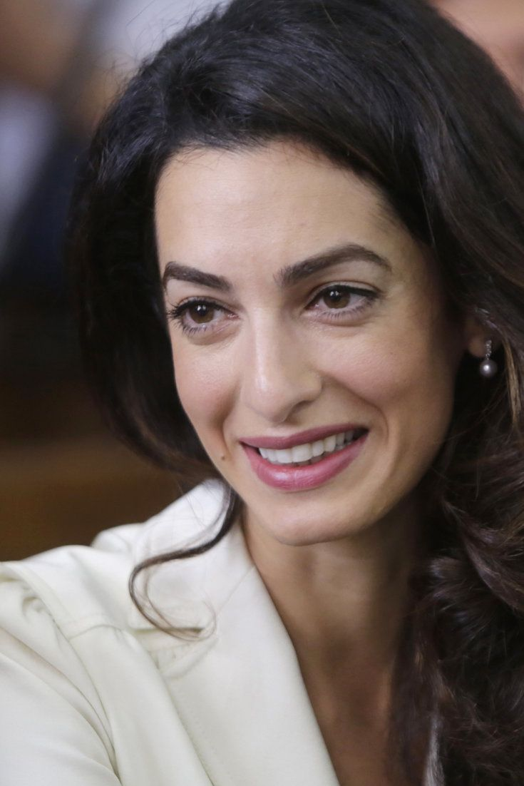 Sexist Tweet About Amal Clooney Prompts Outrage Online
