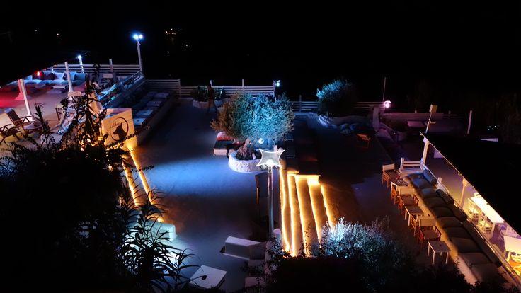 Terrazze Kibar di notte(Hotel Chiaia di Luna, Isola di Ponza)