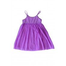 Vestido Niña KYILIE LILAC      Un vestido brillante, fluido, de gasa; perfecto para fiestas de primavera y diversion al aire libre…para la princesa que hay en cada niña.             70% Algodón 30% Gasa    Color: Lila