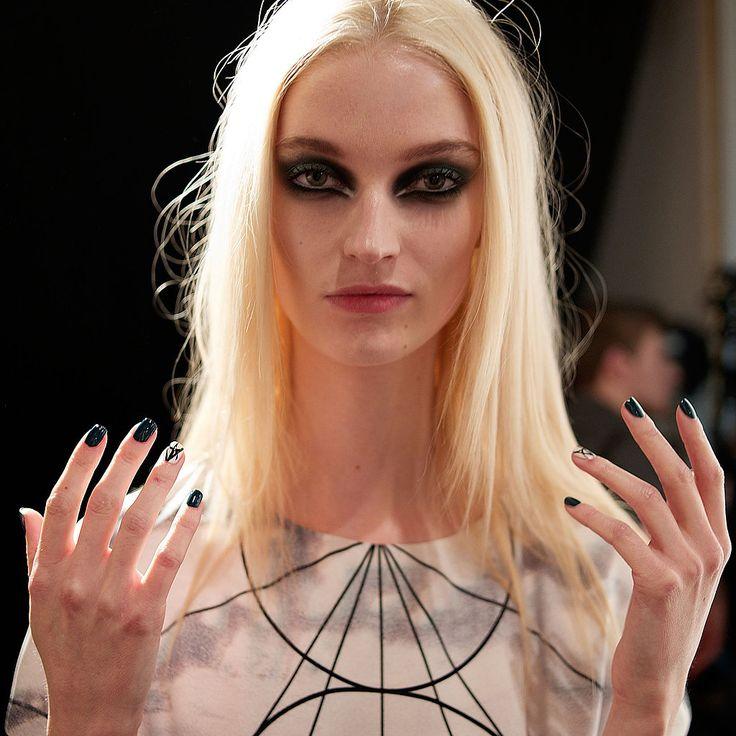 London Fashion Week Fall 2014 Best Beauty Trends - BeautyFrizz