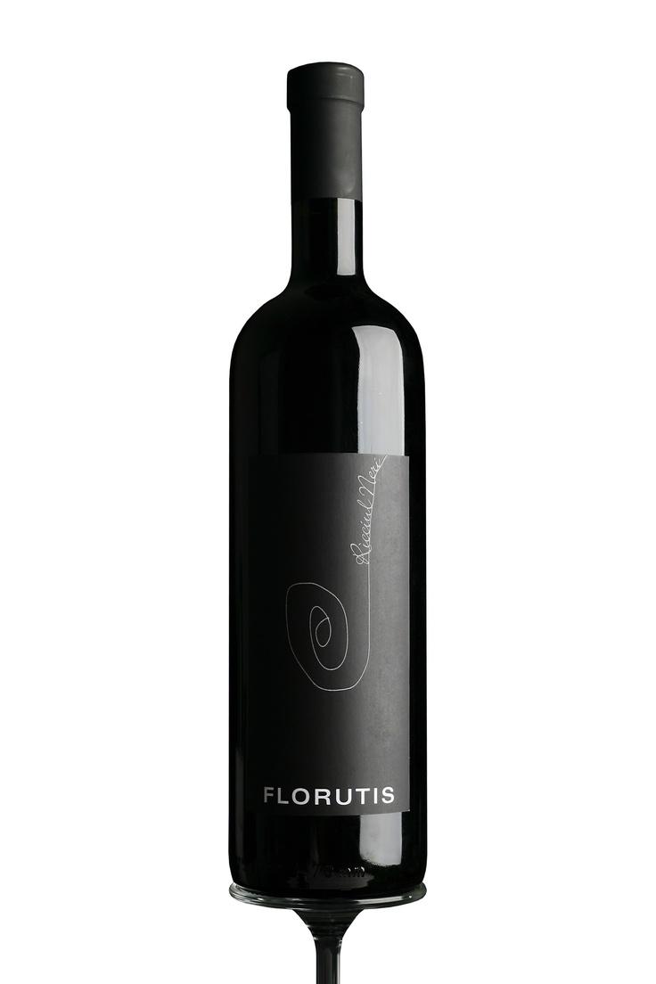Florutis, vino, Ricciulneri, bottiglia, Web Industry