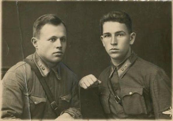 Справа: младший лейтенант 172 истребительного авиационного полка Виталий Васильевич Силантьев, 19 февраля 1942 года в небе над историческим Бородинским полем совершил воздушный таран, в результате которого был сбит фашистский «Юнкерс», летевший бомбить санитарные эшелоны. Самолет врага был уничтожен, однако погиб и 22-х летний советский летчик.