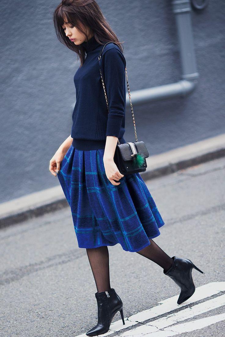 ブルー ブラック プラネット ふんわりボリュームのチェックパターン プリーツニットスカートの会|フェリシモ
