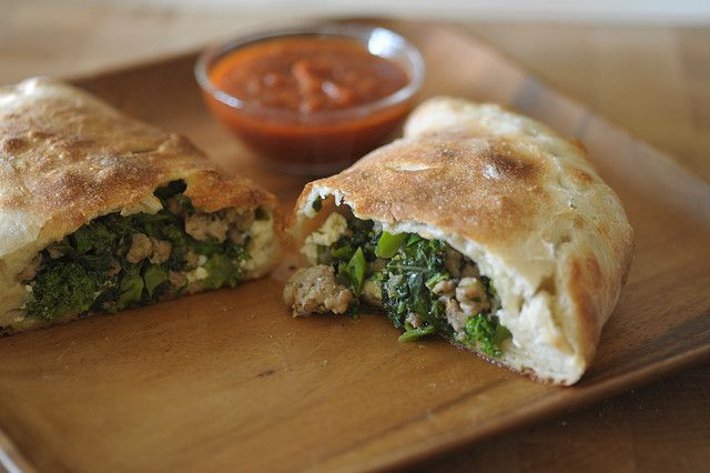 how to fold calzone