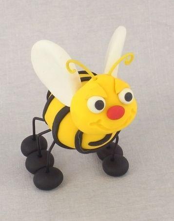 Sculpey III Bee   Polyform Products Company
