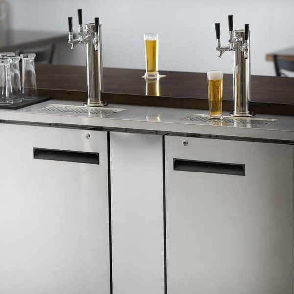 Avantco Udd 3 Hc S 2 Triple Tap Kegerator Beer In 2020 Beer