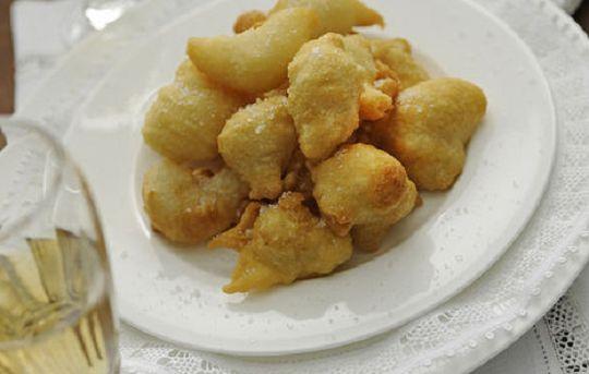Ricette di San Martino: zeppole di pasta cresciuta dolci o salate