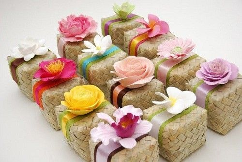 bomboniera-originale-per-il-matrimonio-con-fiori-colorati.jpg (500×335)