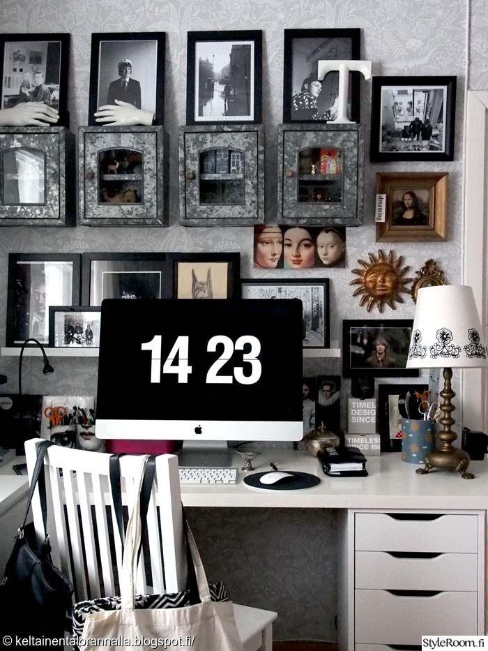 Tässä työpisteessä ei tarvitse katsella vain tietokoneen ruutua #styleroom #työhuone #taulu #framewall #tauluseinä #inspiroivakoti Täällä asuu: TarjaKS
