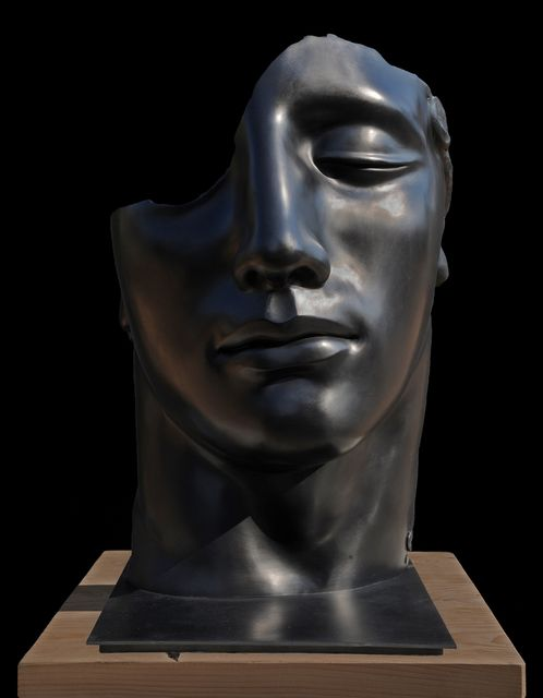 Find the latest shows, biography, and artworks for sale by Igor Mitoraj. Deeply rooted in the classical tradition, Igor Mitoraj sculpts broken or severed fra…