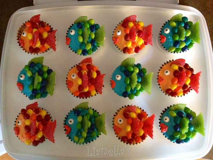Rainbow Fish Cupcakes My Own Cupcakes And Cakes