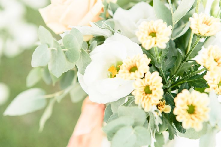 Photography: Innocenti Studio - innocentistudio.com  Read More: http://www.stylemepretty.com/destination-weddings/2014/06/05/romantic-villa-tolomei-wedding/