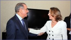 http://www.presenciarddigital.net - Secretaria General Iberoamericana Rebeca Grynspan visita al presidente Medina