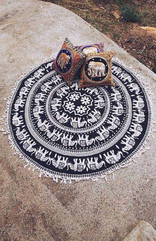 Round Elephant Rug Area Rug Ideas