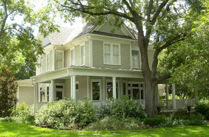 17 best images about dreamhouses on pinterest gone with for Texas farmhouse builders