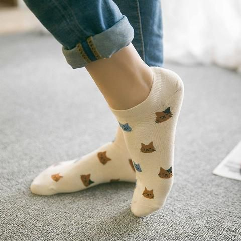 Lovely Cat Shallow Cotton Socks - Two Stupid Cats  Let the subtle show of these cute low cut Cat print cotton socks under your jeans reveal your Cat personality.  Material: Cotton Item Length: 19-21 cm