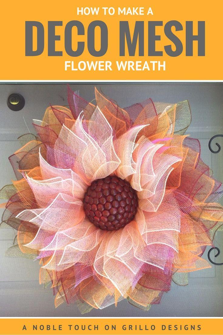 how to make a deco mesh flower wreath / Grillo Designs www.grillo-designs.com