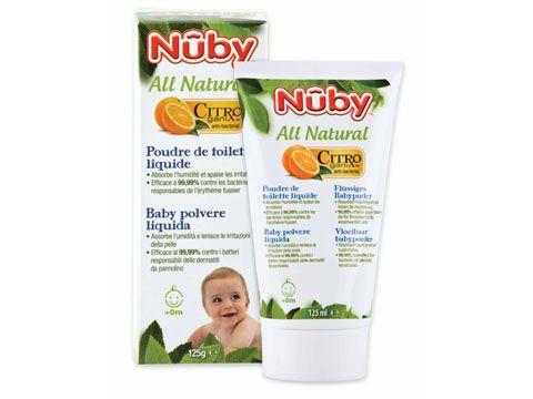 Molto semplice da usare, la baby polvere liquida Nûby™ Citroganix™ si trasforma in polvere dopo essere stata applicata sulla pelle, Basta nuvole di polvere! Basta sprechi! La nostra baby polvere liquida assorbe l'umidita' in eccesso grazie all'amido di mais. La formula senza talco e' delicata sulla pelle del bambino. Rinforzata da  Citroganix™ (Arancia  Murcia), questa polvere liquida e' efficace al 99,99% contro i lieviti e i batteri che causano la dermatite da pannolino