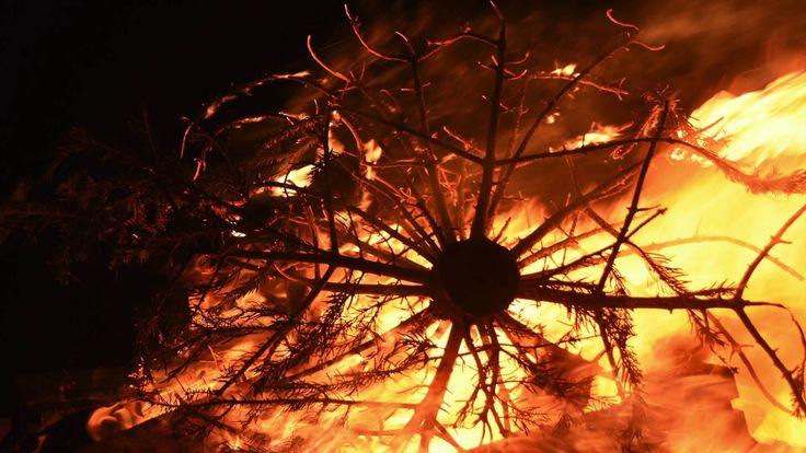 #Vreugdevuur Oud en Nieuw #Pijnacker - #Bonfire New Years Eve