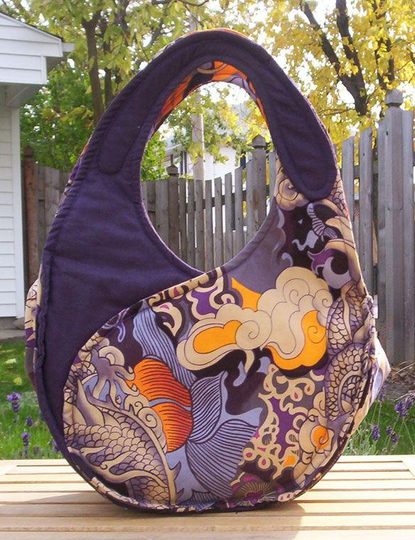 I want to make this purse! The link goes nowhere but this is a great purse for inspiration.
