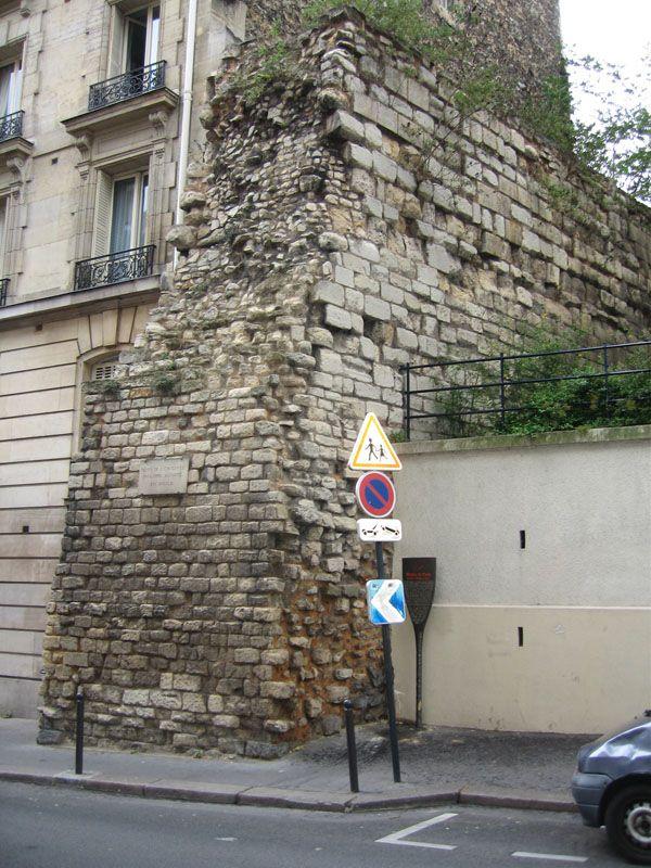 Repère J - Enceinte rue Clovis