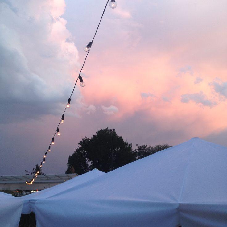 #naturalnienadrzeką spotkamy różowe chmury przykryte niebieską poświatą #pomost511