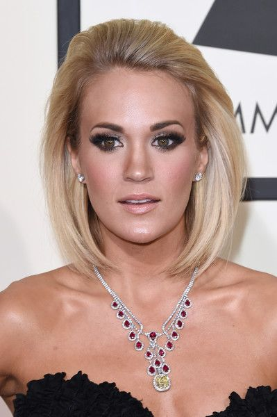 The 25 best carrie underwood haircut ideas on pinterest the 25 best carrie underwood haircut ideas on pinterest shoulder length hair cuts straight shoulder length hair cut and carrie underwood hair 2016 urmus Image collections