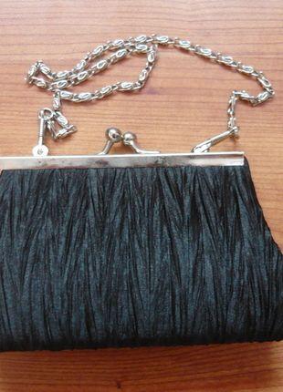 Kup mój przedmiot na #vintedpl http://www.vinted.pl/damskie-torby/kopertowki/8561280-czarna-torebka-wieczorowa