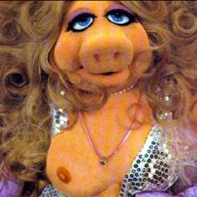 Nip Slip by Miss Piggy!!! | Fun & Humor | Pinterest ...
