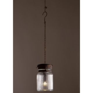 Gabe pendant lamp is een hanglamp van het Nederlandse designmerk Dutchbone. Allereerst lijkt de hanglamp niet op een lamp en ten tweede kunt u hem overal hangen. Het geheim gaat om een super efficiënte LED-verlichting en een batterij ! De hanglamp heeft een geribbelde glazen kap en de deksel en ketting zijn van ijzer in roestige afwerking. Ze zijn prachtig te combineren met meerdere Gabe's, zoals de Gabe pendant lamp in de afmeting M.