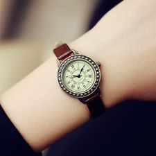 Women Rome Vintage Leather Strap Small Dial Watch Quartz Ladies Slim Wristwatch