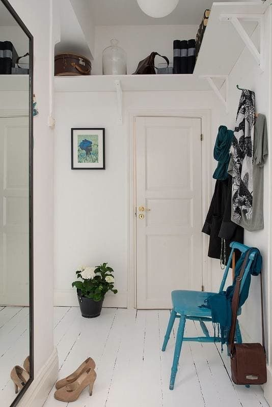 Apartment Therapy Foyer : Best ideas about organized entryway on pinterest
