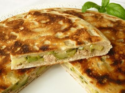 Le    ricette    di    Claudia  &   Andre : Focaccia integrale cotta in padella, con zucchine,...