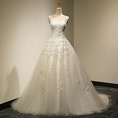 Ball+Gown+Plus+Sizes+/+Petite+Wedding+Dress+-+Chic+&+Modern+Vintage+Inspired+Sweep+/+Brush+Train+Scoop+Lace+/+Tulle+withBeading+/+–+USD+$+237.49