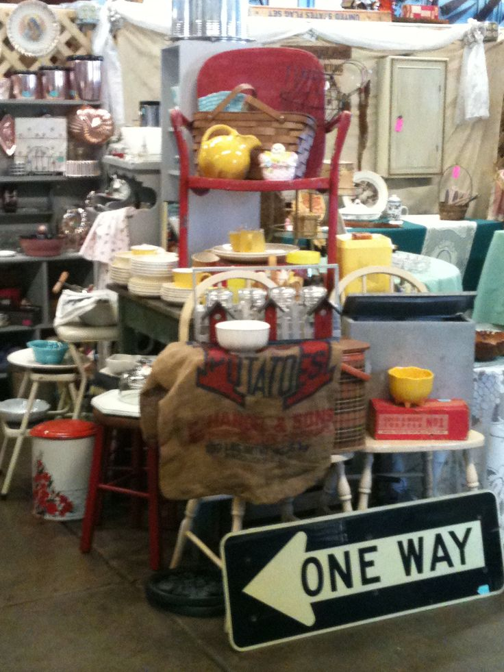 424 Best Images About Booths On Pinterest Kitsch