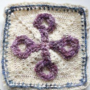 I finished Maiden's spindle today and I think it's lovely. It's definitely different from the other #kalevalacal #grannysquares #kalevalacal2017 #grannysquare #crochetgirlgang #crochetalong #crochetersofinstagram #crochetersofig #lovecrochet #lovecrocheting #crochetingisfun #crocheterapia #craftsastherapy #kalevalacal_neidonkehrä #handspunyarn #handspun #yarnlovers #crochetblanket #virkkaus #virkning #hakeniship #häkelnmachtglücklich #hakeniship #crochetaddicted #crocheteveryday #happyh...