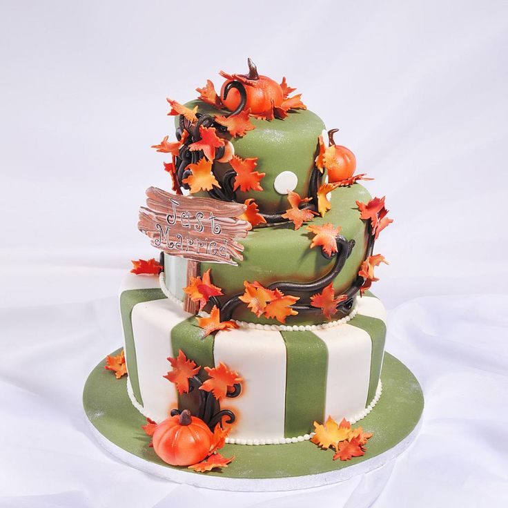 Свадебный торт в стиле Хеллоуин. Мастерская тортов Владимира Сизова