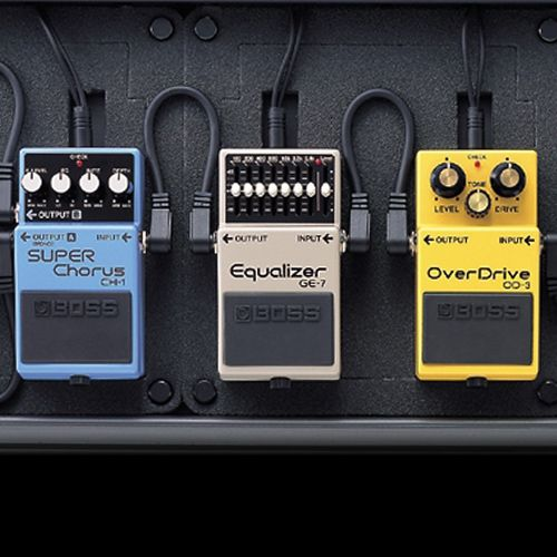 how to chain your guitar effects pedals guitar roland gear guitar pedals guitar effects. Black Bedroom Furniture Sets. Home Design Ideas