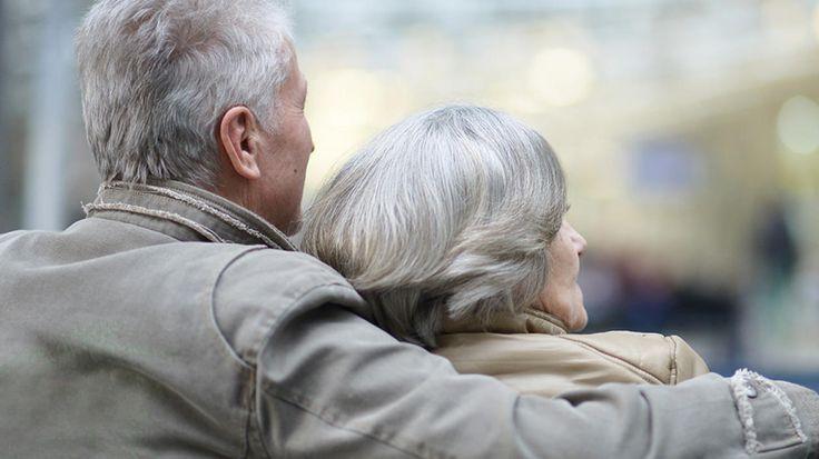 Grosze dla emerytów. Dostaną 5,04 zł więcej