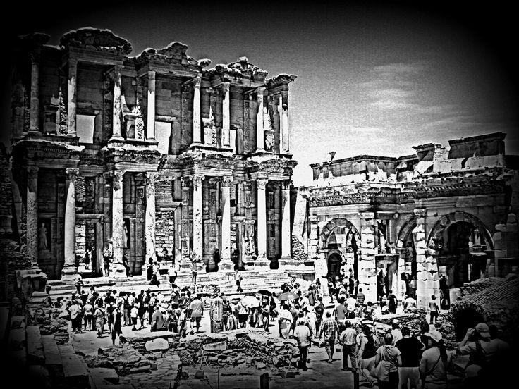#Biblioteca di #Celso