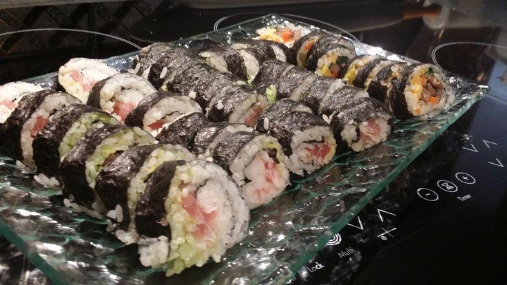 Tuna maki sushi and bimbap sushi (japanese and korean sushi) made by me