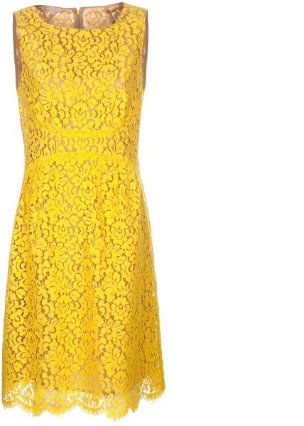 Margaux wore this stunning yellow floral lace shift dress by Michael Kors. Revenge Fashion StyleID: http://styleid.info/ItemDetails.aspx?i=1308&si=18&ei=251