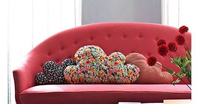Idee fai da te - Creare cuscini per il divano a costo zero. Una marea di tutorial e cartamodelli gratis per creare dei bellissimi cuscini per il divano.  Potremo creare cuscini  allegri e colorati utilizzando scampoli di stoffa, vecchi maglioni o ritagli di feltro, potremo riempirli di imbottitura sintetica o riutilizzare vecchi cuscini che non ci piacciono più.