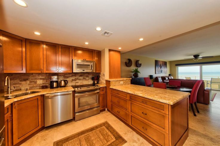 Craftsman Kitchen with Ms international angelica gold travertine tile, Shaker Recessed Panel Cabinets