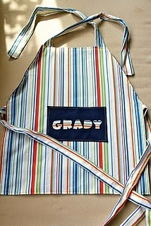 I always see adorable aprons for girls, but not for boys!  Love this!