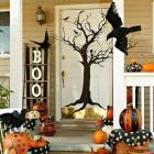 Themes for Fall Door Decorations